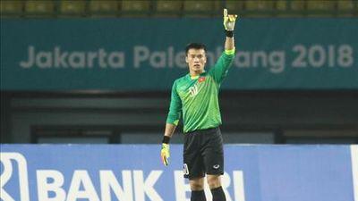 Bùi Tiến Dũng đón tin vui trước trận chung kết với Malaysia