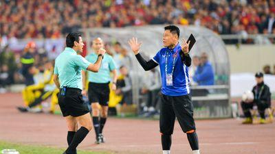 BLV Trương Anh Ngọc: 'Trọng tài bắt công tâm nhưng hơi rắn'