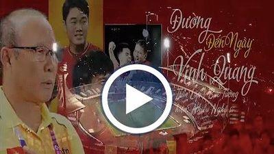Hơn 100 nghệ sĩ Việt gửi quà đặc biệt 'tiếp lửa' tuyển Việt Nam