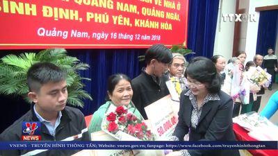 Trao 500 nhà tình nghĩa cho các gia đình khó khăn ở miền Trung