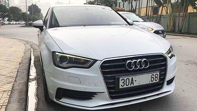 'Soi' xe sang Audi A3 giá chỉ hơn 800 triệu ở Hà Nội