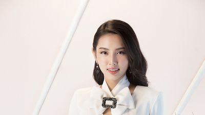 Top 5 Hoa hậu VN 2018 Thùy Tiên 'nửa kín nửa hở' trong loạt váy áo đón xuân
