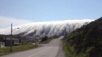 'Thác mây' trông giống như thiên đường giữa đời thực