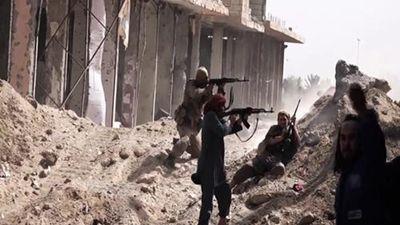 IS tổn thất nặng, mất thành trì lớn cuối cùng ở Đông Euphrates