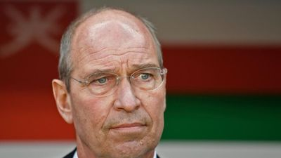 HLV Oman: 'Thứ hạng của Iran không phải vấn đề với chúng tôi'