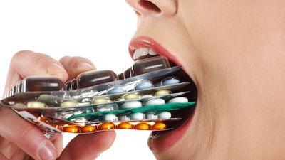 Nguy hiểm khôn lường khi lạm dụng kháng sinh