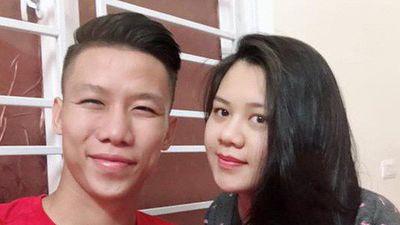 Tuyển thủ Việt Nam nhắn vợ quê nhà: 'Anh sẽ về, nhưng không phải hôm nay'
