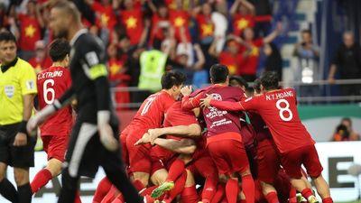 Báo quốc tế chấm 3 cầu thủ Việt Nam được điểm 9 trong trận thắng Jordan