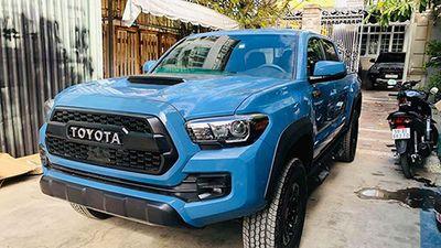 Cận cảnh bán tải Toyota Tacoma giá 2,9 tỷ tại Sài Gòn