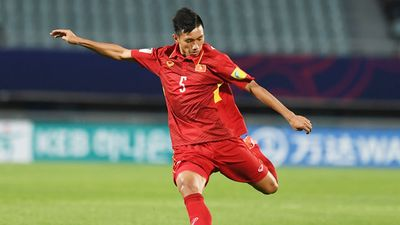 Đoàn Văn Hậu là 1 trong 10 cái tên đáng chú ý nhất sau vòng 1/8 Asain Cup