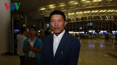Bố mẹ Đoàn Văn Hậu: 'Dù là Nhật Bản, tôi tin vào chiến thắng cho ĐT Việt Nam'