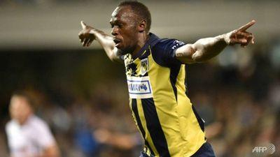 Usian Bolt từ bỏ sự nghiệp chơi bóng chuyên nghiệp