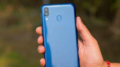 Samsung Galaxy M20 về VN: Pin 5.000 mAh, camera kép, giá 5 triệu