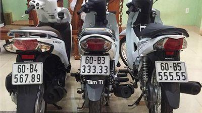 Dàn xe máy 'biển khủng' của dân chơi Bến Tre, Đồng Nai