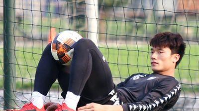 HLV Hà Nội FC tiết lộ lý do khiến Bùi Tiến Dũng gặp chấn thương