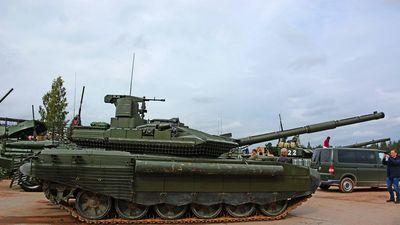 Nga trình diễn xe tăng T-90M mới nhất 'Đột phá Proryv-3'