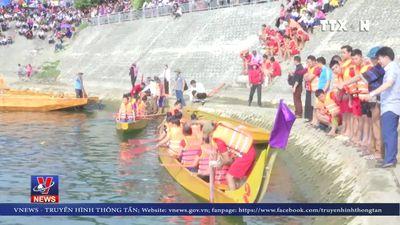 Sôi động lễ hội đua truyền truyền thống trên sông Đà