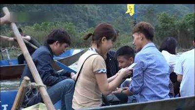 Những chiếu bạc sát phạt công khai ở chùa Hương