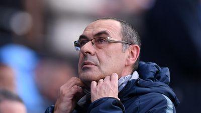 HLV Sarri có thể chỉ còn 2 trận để quyết định tương lai