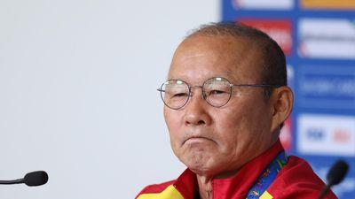 BLV Quang Huy: 'Nên để HLV Park lựa chọn người thay thế'