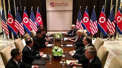 Ai từng tháp tùng ông Trump đến Thượng đỉnh Mỹ-Triều tại Singapore