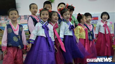 Ngôi trường ở Hà Nội có lớp học mang tên Kim Nhật Thành, Kim Jong Il