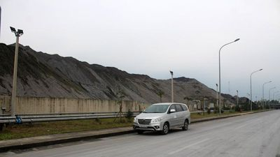 Formosa sử dụng xỉ thép làm đường công vụ hay đổ thải?