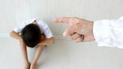 Đình chỉ 2 giáo viên mầm non phạt trẻ 4 tuổi khỏa thân