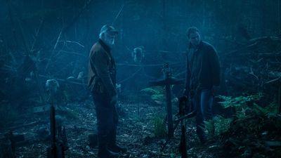 Nam chính 'Pet Sematary' tiết lộ cảnh phim kinh dị nhất: Vào nghĩa trang thật, đào mộ con gái giữa đêm khuya