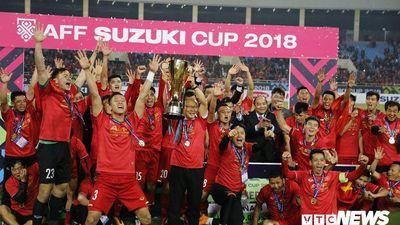 Vì sao tuyển Việt Nam không thi đấu song song cùng U23 Việt Nam?