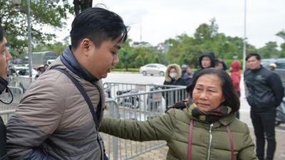 Giá 'vé chợ đen' tăng nhẹ trước trận U23 Việt Nam đối đầu Indonesia