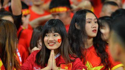 Mỹ Đình ngập tràn sắc đỏ ngày U23 Việt Nam đại thắng