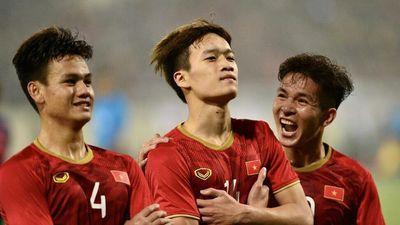 Cựu danh thủ Hồng Sơn: 'Hạ Thái Lan 4-0 là cột mốc của bóng đá VN'