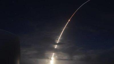 CLIP: Mỹ lần đầu thử chiến thuật mới đánh chặn tên lửa đạn đạo liên lục địa