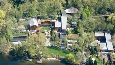 Bên trong căn biệt thự xây trong 7 năm của Bill Gates