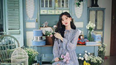 Thiết kế váy hoa nhí được lòng các cô gái Thái Việt Hàn xinh đẹp diện ngày hè