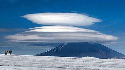 Loại mây bất động thường bị nhầm là đĩa bay ngoài hành tinh