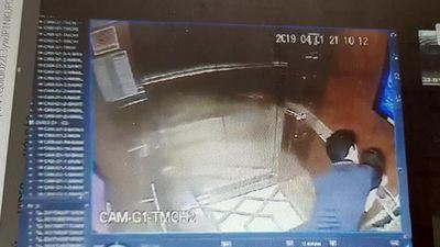 Chuyên gia Mỹ nói về các vụ việc sàm sỡ trong thang máy ở Việt Nam