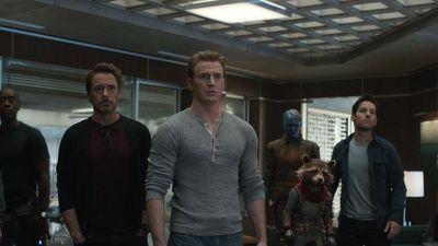 'Avengers: Endgame' dài tới 3 tiếng, có nên đi vệ sinh lúc xem phim?