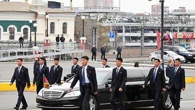 Mercedes-Maybach S600 Pullman chống đạn đón chủ tịch Kim tại Nga