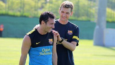 Messi quyết định ở lại Barca sau cuộc gặp với cố HLV Tito Vilanova