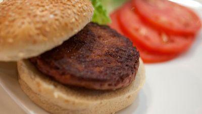 Thịt giả làm từ protein thực vật bán chạy ở Mỹ