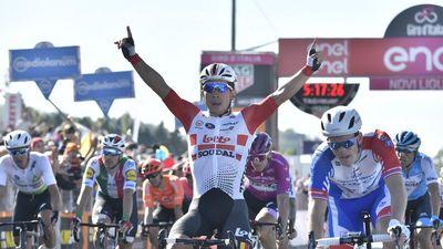 Giro d'Italia: Ewan rút lui... sau khi giành chiến thắng thứ 2, Demare chiếm Áo tím