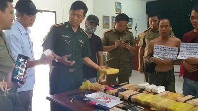 Quảng Trị: Bắt 3 đối tượng người Lào vận chuyển 100 nghìn viên ma túy