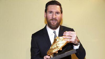 Messi cho Ronaldo ngửi khói khi giành 'Chiếc giày vàng' thứ 6