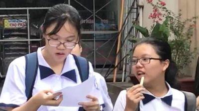 Thí sinh 'thở phào' vì đề thi tuyển sinh dễ