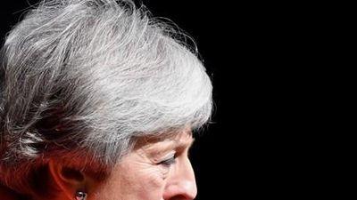 Thủ tướng Anh May bật khóc khi thông báo quyết định từ chức
