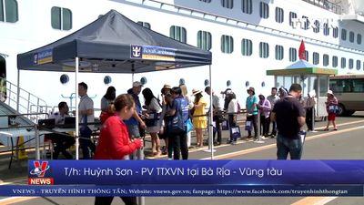 Tàu Spectrum of the Seas đưa 5.700 du khách đến Việt Nam