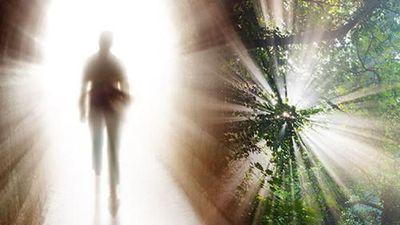 Chấn động: Linh hồn 'dịch chuyển' đến sa mạc trong phút cận tử?