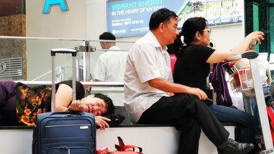 Hành khách VietJet tại Nội Bài bức xúc vì liên tục bị delay